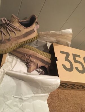 Yeezy Boost 350 V2 - Earth - Men's sz 12.5- Brand new 2 day shipping for Sale in Simi Valley, CA