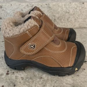 Toddler Snow Boots for Sale in Miami, FL
