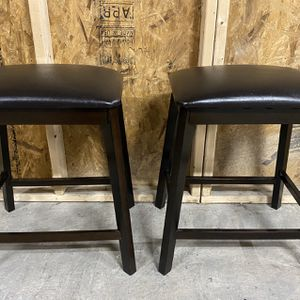 """Pair Of 24"""" Seat Height Stools - Delivery Available! for Sale in Baltimore, MD"""