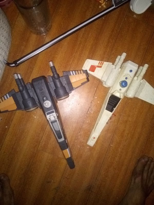 STAR WARS VTG LOT OF 2 X WINGS 20.00 BOTH