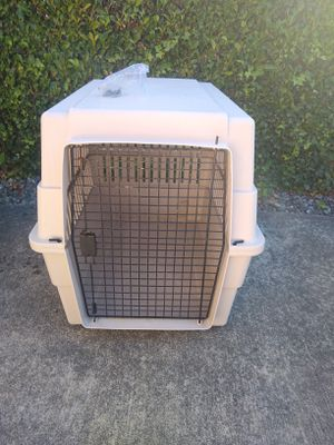 Large dog crate for Sale in Federal Way, WA