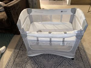 Arms reach baby crib, co sleeper for Sale in Beaverton, OR