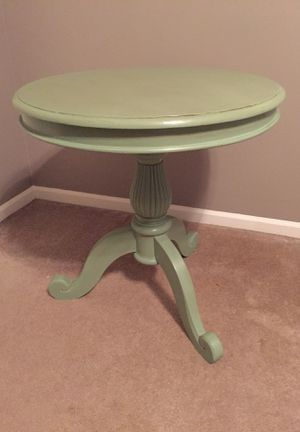 Pedistal Table for Sale in Warrenville, IL