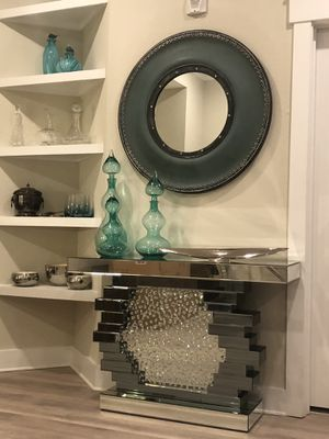 Beautiful sofa table ! for Sale in Pine Hills, FL