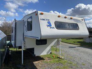 2000 Arctic Fox 1150 Truck Camper 8' for Sale in Marysville, WA