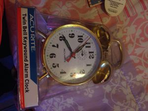 Old fashion alarm clock for Sale in Moreno Valley, CA