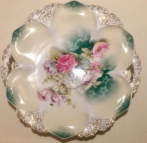 RS PRUSSIA Flowers Domed Charger Handled Cake Plate 11 inch for Sale in Lincoln, NE