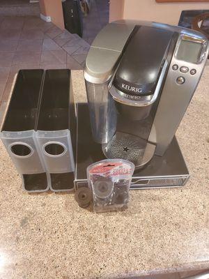 Keurig 1.0 Coffee Maker with Accessories for Sale in Las Vegas, NV