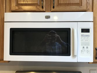 Above Stove Microwave With Vent for Sale in Edmonds,  WA
