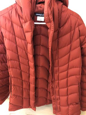 Rust colored women's Patagonia for Sale in Puyallup, WA