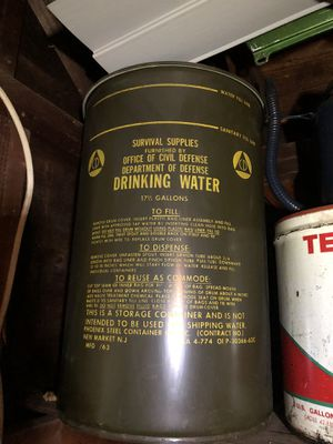 Army department of defense water drum for Sale in Middlesex, NJ
