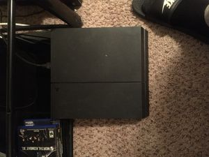 PS4 with NBA 2k18 and 2k17 and UFC 200$ for Sale in Houston, TX