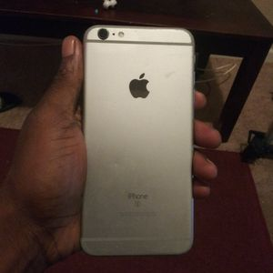 Good IPhone 6s Plus for Sale in St. Louis, MO