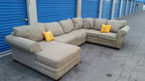 Huge sectional couch, very comfortable for Sale in Glendale, AZ