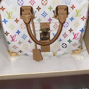 Louis Vuitton Multicolor Color for Sale in Jurupa Valley, CA