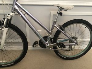 Giant boulder xs mountain bike for Sale in Winter Garden, FL
