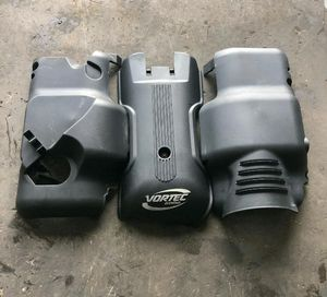 Hummer H2 parts, Tahoe, Escalade, GMC engine cover for Sale in Hollywood, FL