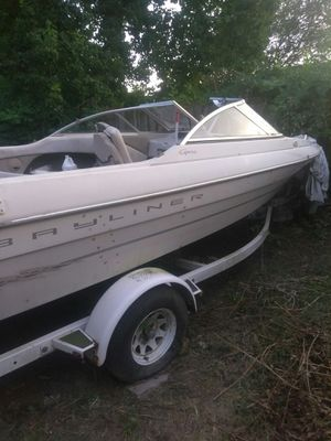 1999 Bayliner mercruiser boat with trailer for Sale in Houston, TX