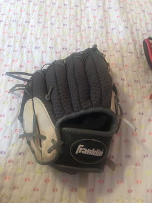 Franklin kids glove for Sale in La Habra, CA