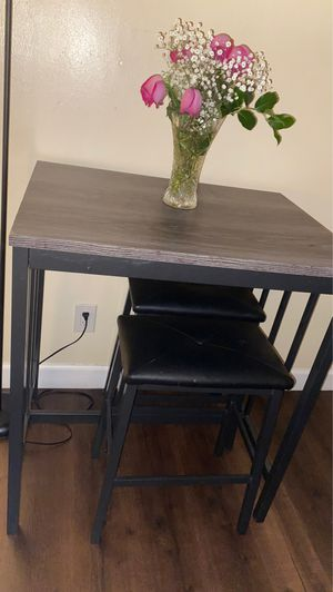 Kitchen table for Sale in Whittier, CA