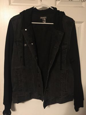 H&M Jean jacket for Sale in Woodbridge, VA