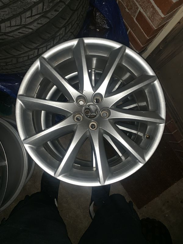 19 inch rims with to front tires brand new included