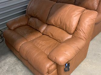 Leather Pull Out Couch And Reclining Couch for Sale in Acworth,  GA