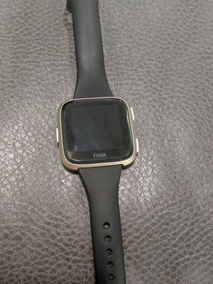 Fitbit Versa for Sale in TEMPLE TERR, FL