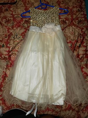 Flower girl dress size 9-10 for Sale in Waterbury, CT