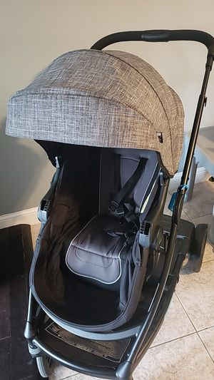 Graco UNO to DUO stroller comes with snack tray and 2nd seat for Sale in Revere, MA