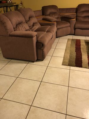 Sectional with 2 recliners & sofa bed for Sale in Pembroke Pines, FL