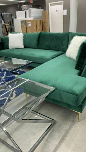 Green sectional couch $39 down no credit check for Sale in Houston, TX