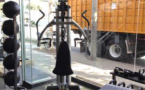 Hoist V4 Elite home gym floor model for Sale in Beverly Hills, CA