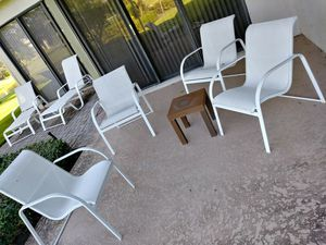 4 piece outdoor aluminum patio furniture for Sale in West Palm Beach, FL