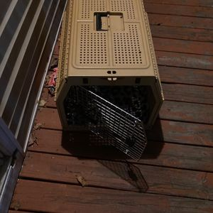 Medium-lg Dog Cage for Sale in Worcester, MA