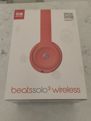 Beats solo 3 wireless headphone. Special edition color. BRAND NEW IN BOX for Sale in Tampa, FL