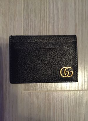 Gucci men's leather wallet for Sale in Tacoma, WA