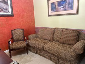Couch & Accent Chair for Sale in Auburndale, FL
