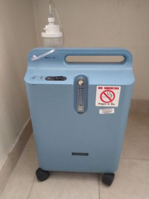 Ever Flo oxygen concentrator for Sale in Mesa, AZ