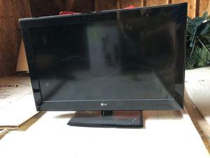 """32""""LG TV for Sale in Virginia Beach, VA"""