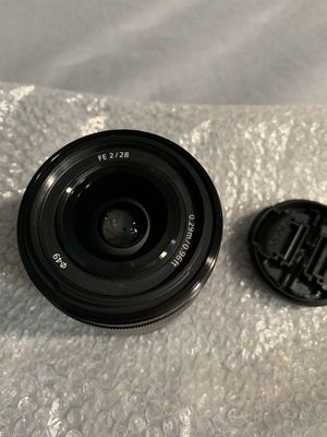 Sony 28mm f2 for Sale in Los Angeles, CA