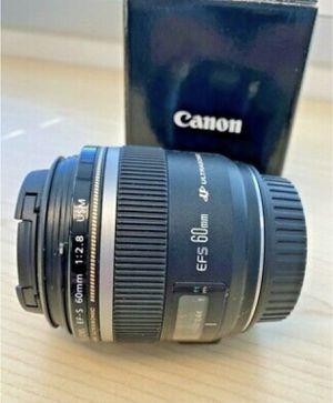 Canon EF-S 60mm 60 f/2.8 USM Macro Telephoto for Sale in Aventura, FL