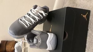 Jordan cool grey 11s size 9 for Sale in Rockville, MD
