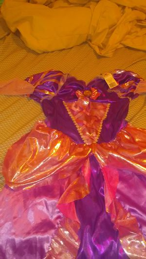 Rapunzel Disney princess Halloween costume for Sale in Cleveland, OH