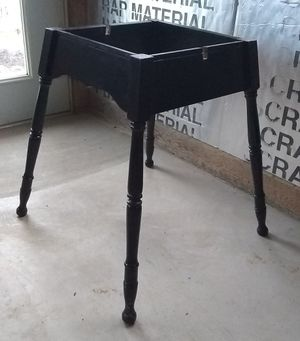 TABLE BASE (No top) for Sale in Montgomery, PA