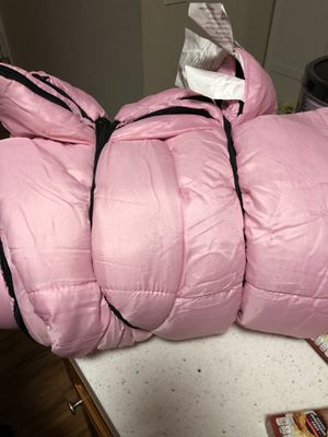 Adult sleeping bag for Sale in Chino, CA