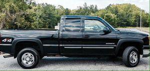 1200$ Chevrolet Silverado [y2004] BLACK TRUCK ! for Sale in Alexandria, VA