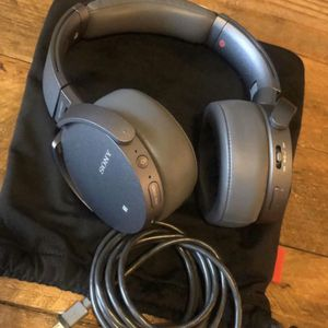 Sony - XB950N1 Extra Bass Wireless Noise Cancelling Over-the-Ear Headphones for Sale in Land O' Lakes, FL