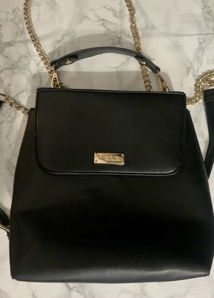 Bebe Black & Gold Chain 2 in 1 Purse/Backpack(Great Condition) for Sale in Las Vegas, NV