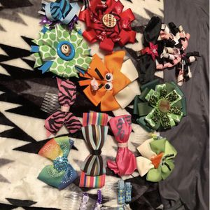 Bows, Headbands And Bow Holder for Sale in Rolla, MO
